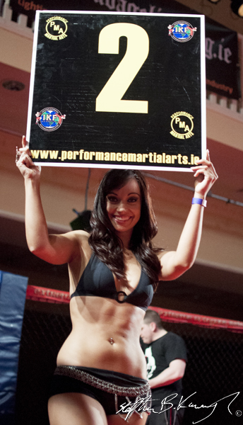 Round 2. Amateur Bantamweight, Dean Knight v Damian Wisdom - Man of War 6, The Citywest Hotel, Saggart Dublin, Co. Dublin. 5th April 2013