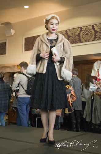 Lute al-Raad on stage. Vintage Fashion & Decor Fair, The Royal Marine Hotel, Dún Laoghaire, Dublin, Ireland. 9th November 2014