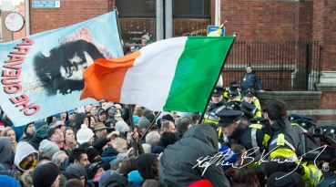 Protestors gather to protest the incoming water charges. Dublin, Ireland. 10th December 2014